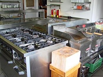 komplatt Gastraum befindet - Hotel-/Restaurant in Lavamünd mit Traumaussicht