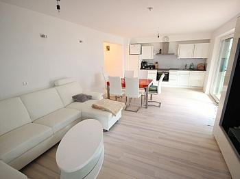 Elternschlafzimmer Kunststofffenster Flächenbündige - Neue 3 Zi Gartenwohnung in Krumpendorf - Seenähe