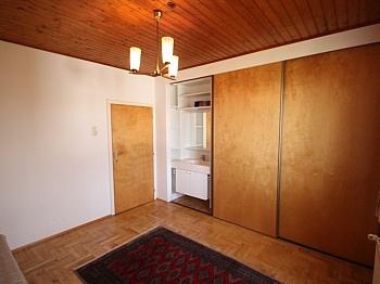 Klagenfurt gepflegtes Wohnzimmer - Großes Einfamilienhaus in sonniger Lage-Viktring