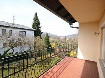 Aussicht befinden kleinern - Großes Einfamilienhaus in sonniger Lage-Viktring