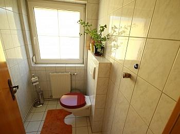 Gewähr saniert Zimmern - 3 Zi Gartenwohnung mit 475m² Grund in Klagenfurt