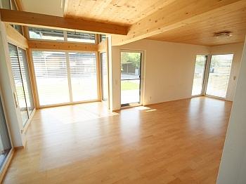 Besichtigungstermin Elternschlafzimmer Holzriegelbauweise - Neues modernes 114m² Wohnhaus in Viktring
