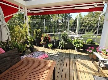 Küche Lift Eichenklebeparkett - 3 Zi Penthouse 90m² mit XXL Terrasse - Viktring