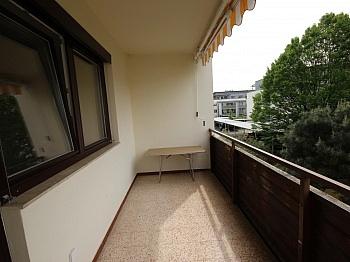Stromheizung enthalten Schöne - Schöne 4 Zi - Wohnung/98m² UNI - Nähe