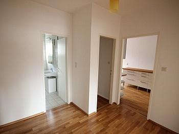 schöne Vorraum Wohnung - Schöne 2 Zi 66m² Stadtwohnung - Klagenfurt