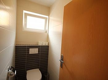 ausgerichtet Schlafzimmer Obergeschoß - Viktring unverbaubarer Blick auf Klagenfurt