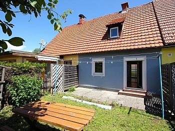Diele Kellergeschoss Küche - Schönes Mittelreihenhaus in Kühnsdorf