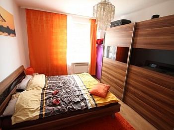 Wohnzimmer bestehend Interspar - 3 Zi Wohnung in Welzenegg - Jahrmarktgasse