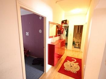 Holzofen Nordlage Fassade - 3 Zi Wohnung in Welzenegg - Jahrmarktgasse
