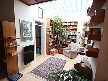 eingefriedetes Nebengebäude Arbeitszimmer - Tolles schönes Reihenhaus 120m² in Waidmannsdorf