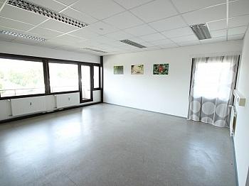 Holzfenster verkleinert Innenstadt - TOP Büros 105m² bis 256m² in Klagenfurt