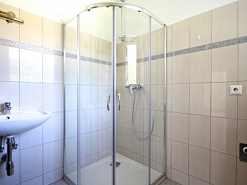 Südbalkon Tageslicht Wohnanlage - Schöne 2-Zi-Wohnung in Unterwinklern/Velden
