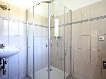 Wohnanlage Waschtisch Tageslicht - Schöne 2-Zi-Wohnung in Unterwinklern/Velden