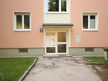 - Komplett sanierte 2 Zi Wohnung in Welzenegg