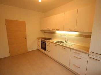 sanierte inkl neue - Komplett sanierte 2 Zi Wohnung in Welzenegg