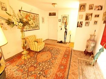 Stellplätze Bodenplatte Aufwändige - 460m² Mehrfamilienhaus in Keutschach-Pertitschach