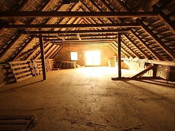 bietet Zimmer Allein - 460m² Mehrfamilienhaus in Keutschach-Pertitschach