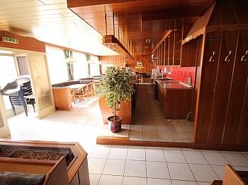 Haupthaus Strasse Nutzungsmöglichkeiten - 380m² Wohn- und Geschäftshaus in Waidmannsdorf