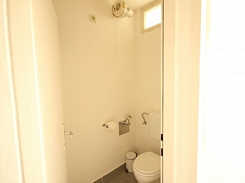 Küche offene Zimmer - Schöne 2 Zi - Wohnung in Waidmannsdorf - UNI Nähe