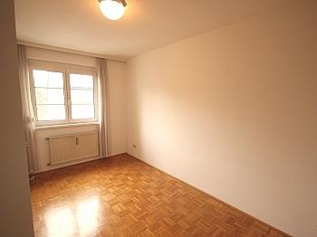 entfernt großer Eigener - Schöne 3 Zi-Wohnung Waidmannsdorf sehr zentral
