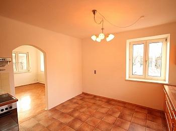 Teilweise teilweise schöner - Teilsaniertes Wohnhaus in Waidmannsdorf ca. 90m²