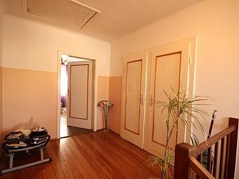 hingewiesen Wohngegend Wohnzimmer - Schönes 115m² Wohnhaus in Annabichl in guter Lage