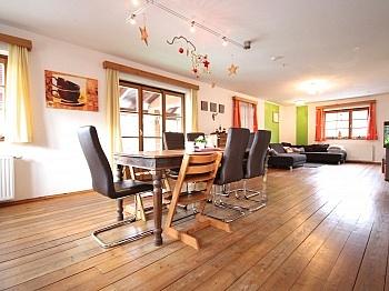 eingefriedetes wunderschönen innenseitigem - Großzügiges Wohnhaus Nähe Ludmannsdorf/Selkach