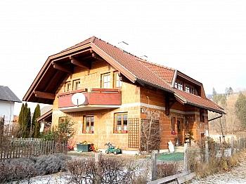 anschließendem Wintergarten Obergeschoss - Großzügiges Wohnhaus Nähe Ludmannsdorf/Selkach