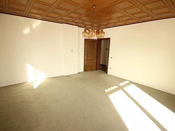 Licht Tolle Chlor - 230m² Zweifamilienhaus mit Pool in Köttmannsdorf