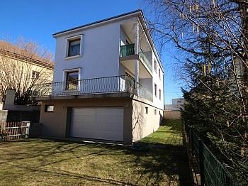 Vorraum Waidmannsdorf Doppelgarage - Schönes 150m² Ein-Zweifamilienhaus - Waidmannsdorf