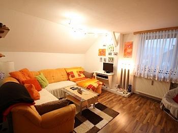 Badezimmer Badewanne Küche - Gepflegte 3 Zi Wohnung in der Billrothstrasse