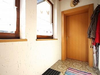 zusätzlichem großzügigen Stellplätze - Idyllisches Wohnhaus in Bleiberg-Kreuth