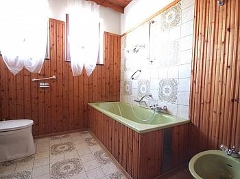 Wohnzimmer gepflegtes Vollkeller - Heimelige Doppelhaushälfte in Ferlach