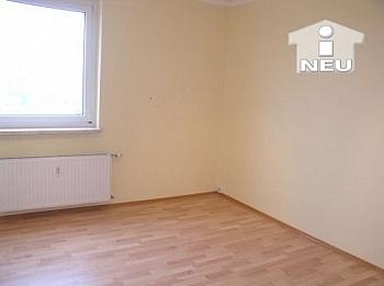 Abstellplätze Außenfassade Kinderzimmer - Penthouse TOP 3 Zi Wohnung 95m² - Maximilianstrasse