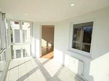 angemeldet Badewanne ERSTBEZUG - Traumhafte sonnige 3 Zi-Wohnung in Waidmannsdorf