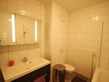Zustand Minuten Zentrum - 4 Zimmer-Whg. Waidmannsdorf in Top Zustand +Tiefg.
