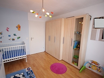 - 4 Zimmer-Whg. Waidmannsdorf in Top Zustand +Tiefg.