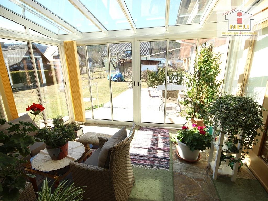 sch ner 125m bungalow mit pool in viktring neuhauser immobilien. Black Bedroom Furniture Sets. Home Design Ideas