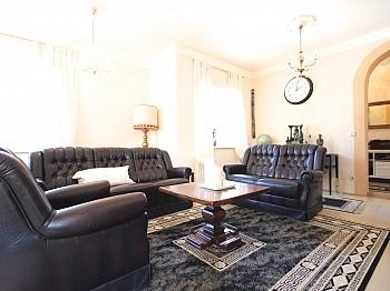 Zusätzlicher uneinsehbarem Untergeschoss - Heimeliges Wohnhaus in Sonnenlage/Maria Rain