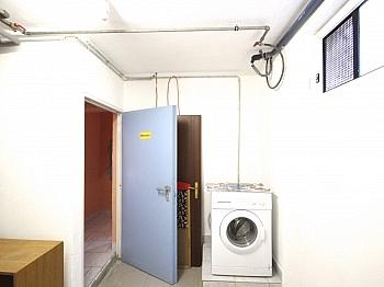verglaste insgesamt erhöhter - Heimeliges Wohnhaus in Sonnenlage/Maria Rain