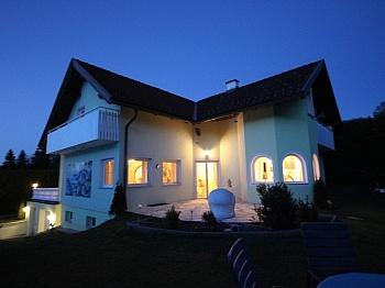 ausgerichteten eingefriedetes Infrastruktur - Heimeliges Wohnhaus in Sonnenlage/Maria Rain