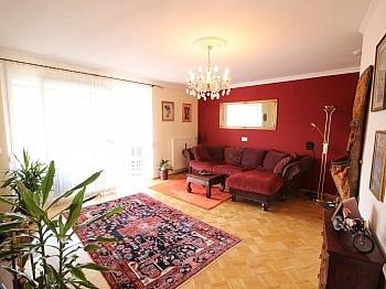 Kinderzimmer Stellplätze Schlafzimmer - Zentrale 3 Zi Whg. in Waidmannsdorf + Tiefgarage