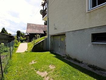 Parkmöglichkeiten Bushaltestelle Unterwinklern - Zentrale 4-Zi-Wohnung in Unterwinklern/Velden