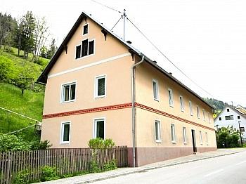 entfernt saniert Wasser - Idyllisches Mehrfamilienwohnhaus in Lölling