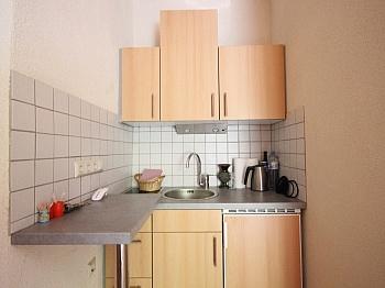 Saualpe sonnige Laminat - Idyllisches Mehrfamilienwohnhaus in Lölling