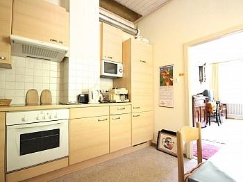 inkl vier Post - Idyllisches Mehrfamilienwohnhaus in Lölling