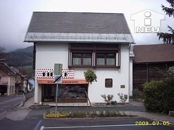 Zahnarzt Wohnhaus Fliesen - Zinshaus in Feistritz/Drau