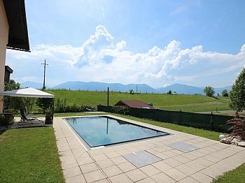 Zweifamilienhaus Gegenstromanlage Überlaufbecken - 230m² Zweifamilienhaus mit Pool in Köttmannsdorf