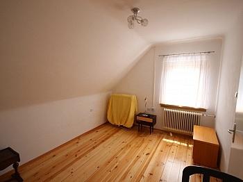 Minuten Heizung flaches - Waidmannsdorf - teilsaniertes Wohnhaus ca. 90m²