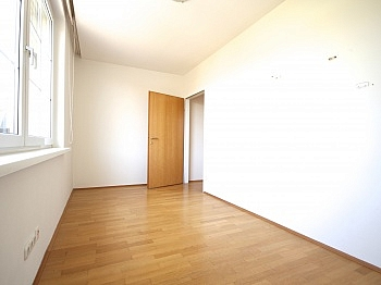 Stockwerk separates Esszimmer - 5-Zi-Whg. in der St.Veiter Straße inkl. Tiefgarage